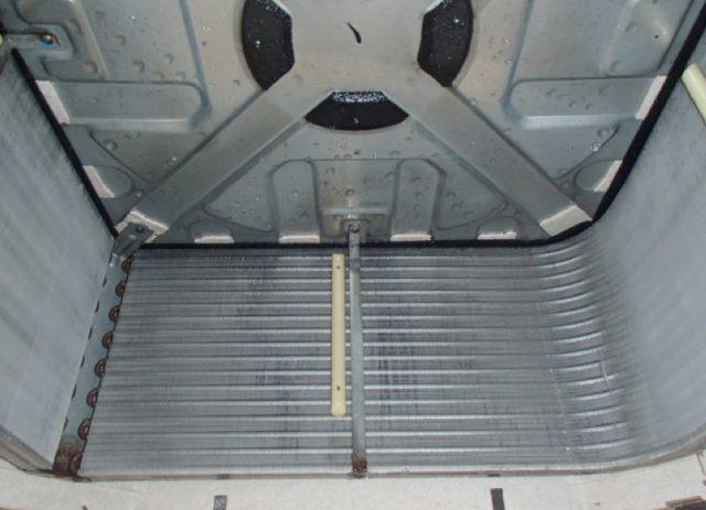 空調機室内機洗浄後の画像